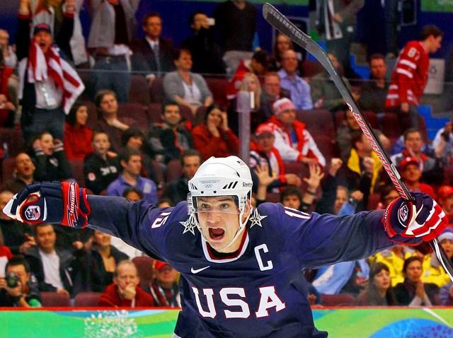 022410 Men Hockey Jubee shot Jamie Langenbrunner