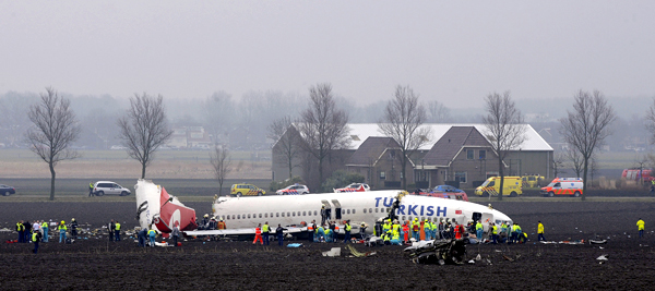 022509 Netherlands Plane Crash 2