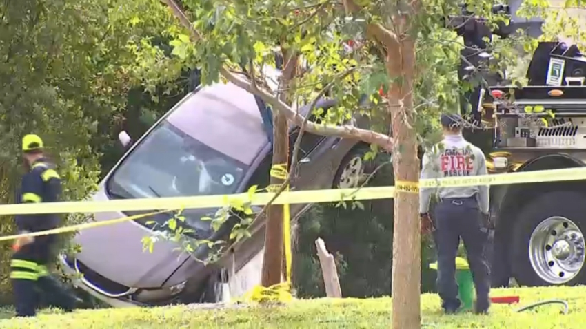 Resultado de imagen para Man's Body Discovered in Car Found Submerged in Tamarac Canal