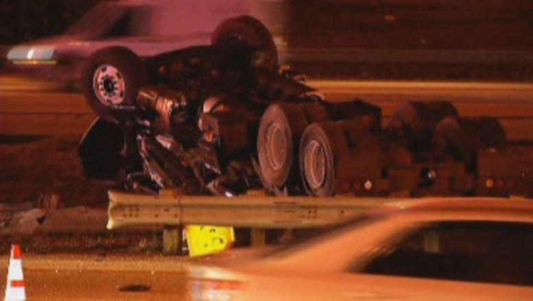 041516 tractor trailer crash