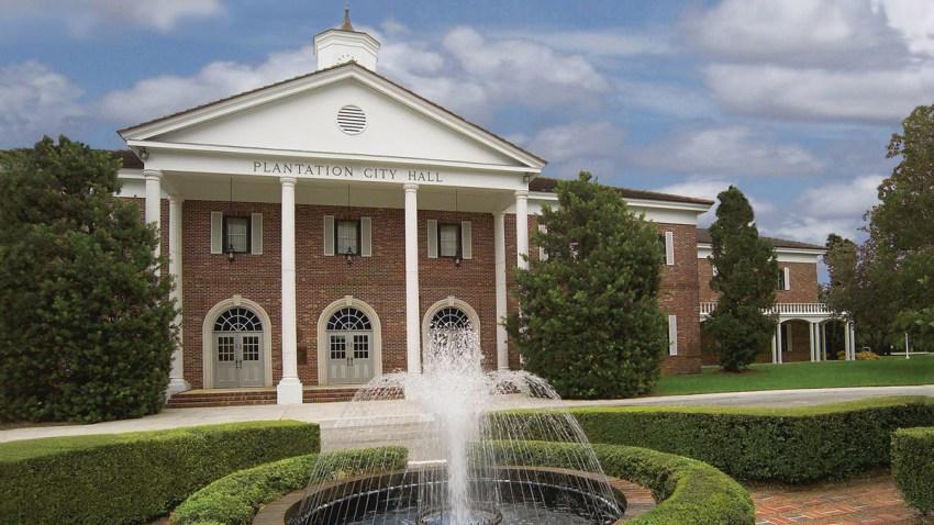 Plantation City Hall