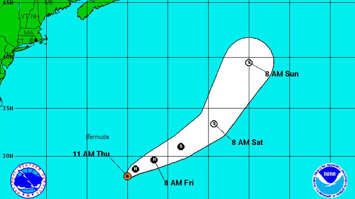 100611 hurricane philippe 11 am