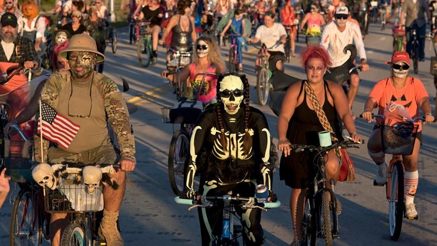 102416 key west zombie bike ride