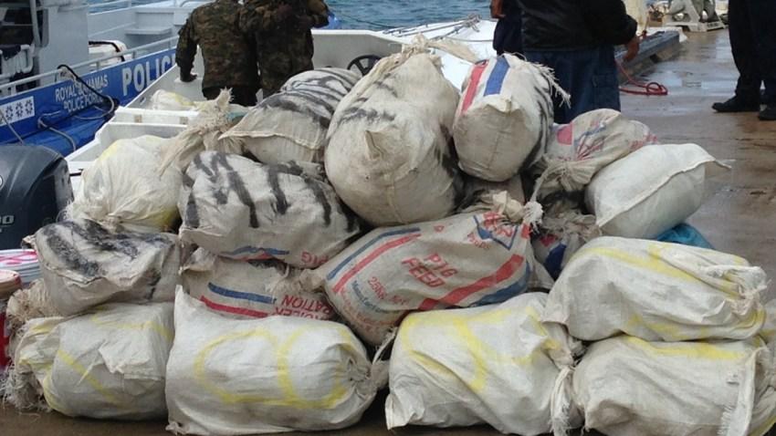 102513 marijuana smugglers caught