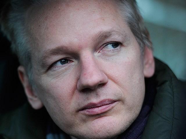 12.18-julian-assange-britian