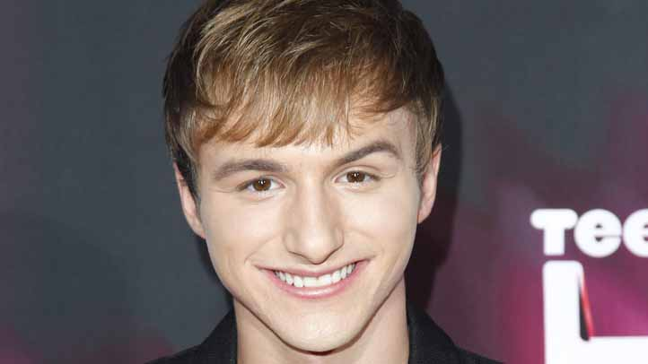 """Fred"" Star Lucas Cruikshank Comes Out as Gay, Gets Shout ..."