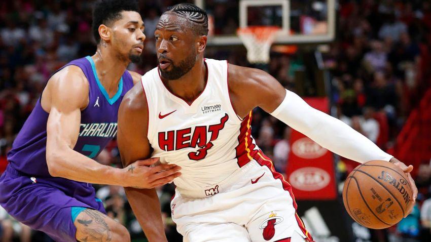Hornets Heat Basketball