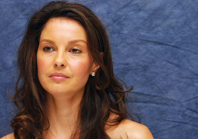 CELEB BREAK Ashley Judd