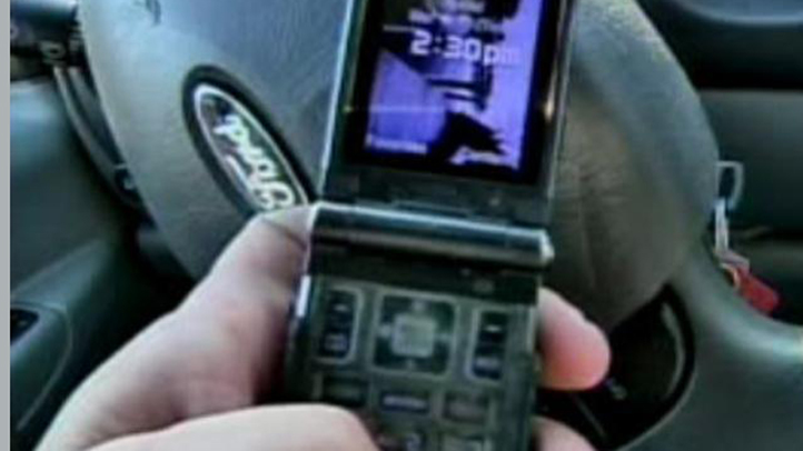 Cell_Phone_driving_722x406