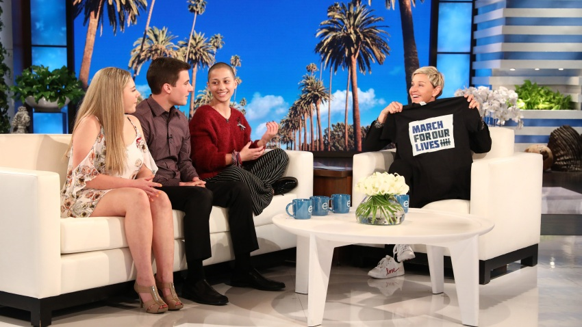Ellen-with-Shooting-Survivors