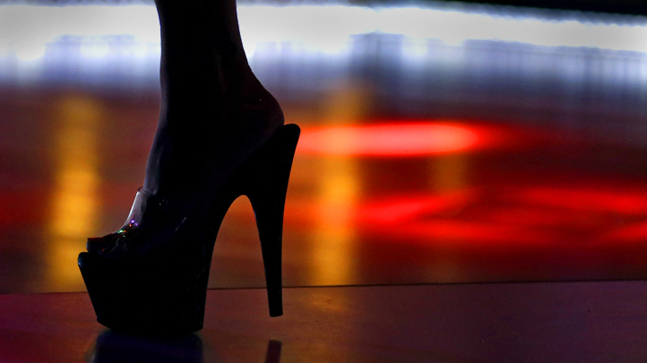 Strip Clubs in North Florida City Fight to Lower Dancer Age