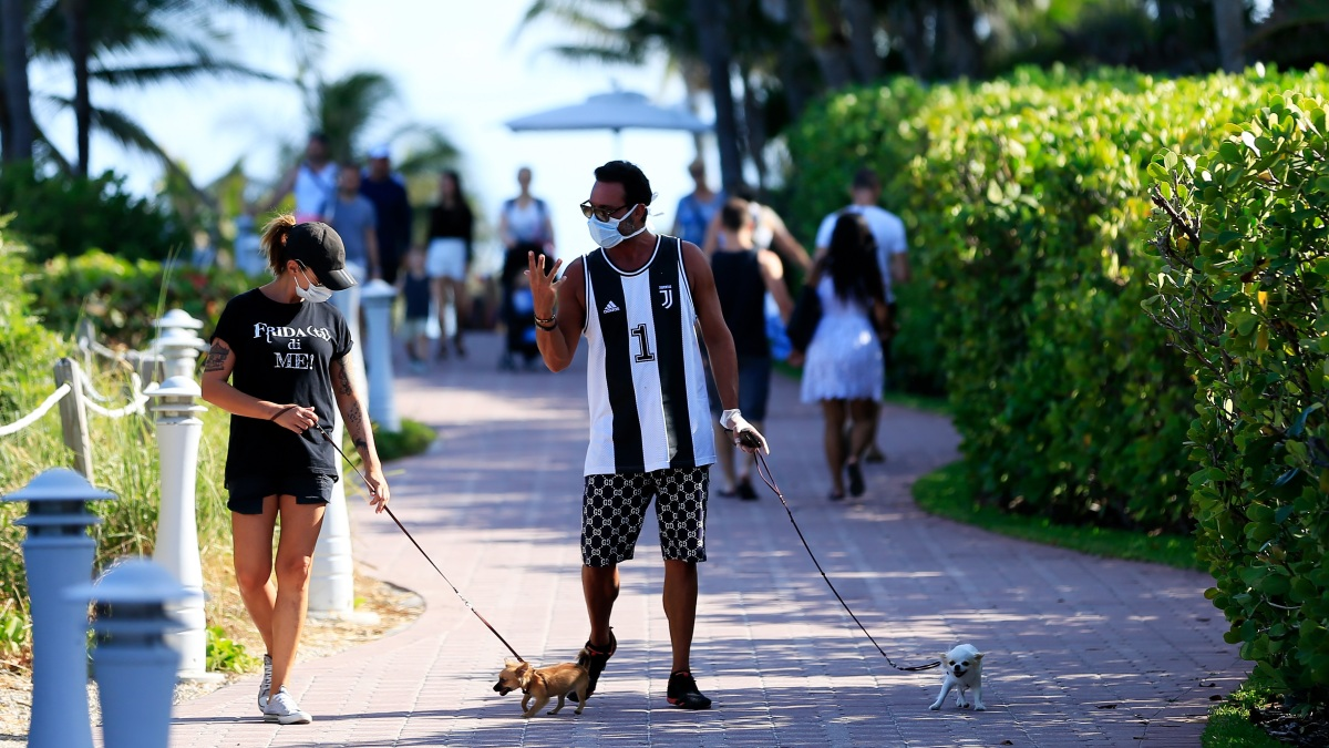 Miami Beach Orders Face Coverings Mandatory in Public Spaces