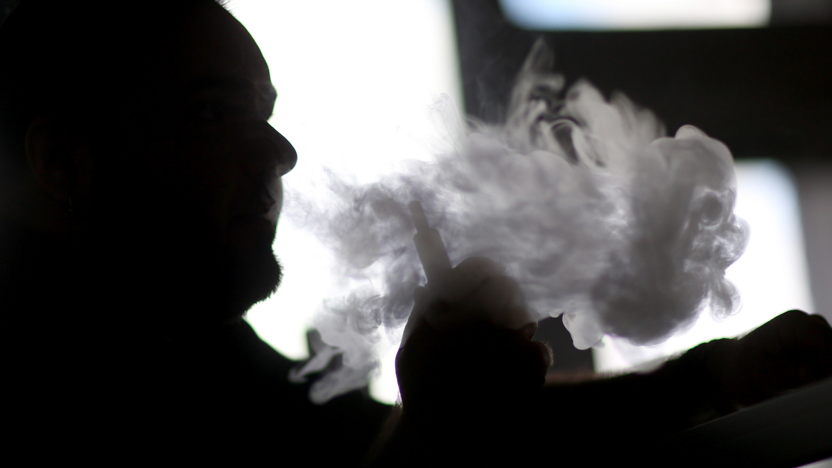 Second Vaping-Related Death Reported in Florida
