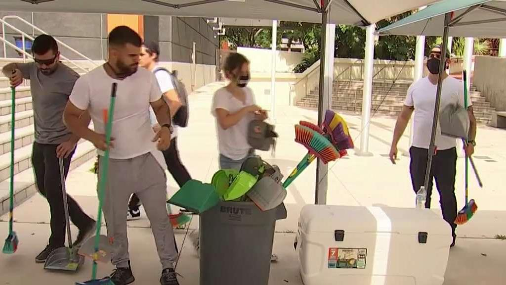 Miami Residents Volunteer to Clean Up After Protest – NBC 6 South ...
