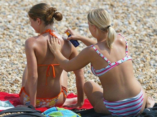 Sunscreen-2373848