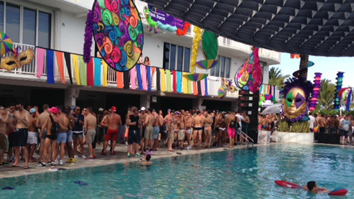 Winter Party Festival pool party