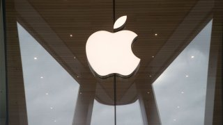In this Jan. 3, 2019, file photo, the Apple logo is displayed at the Apple store in the Brooklyn borough of New York.