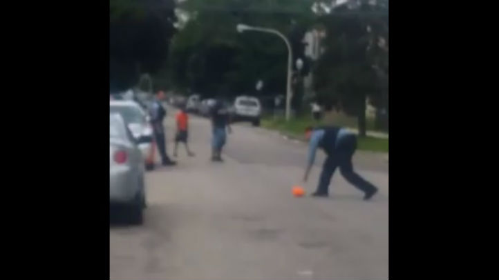 cops playing north lawndale