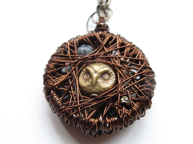 howl necklace