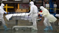 US Life Expectancy Drops a Year in Pandemic, Most Since WWII