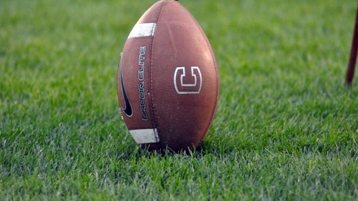 uconn usf football_fixed