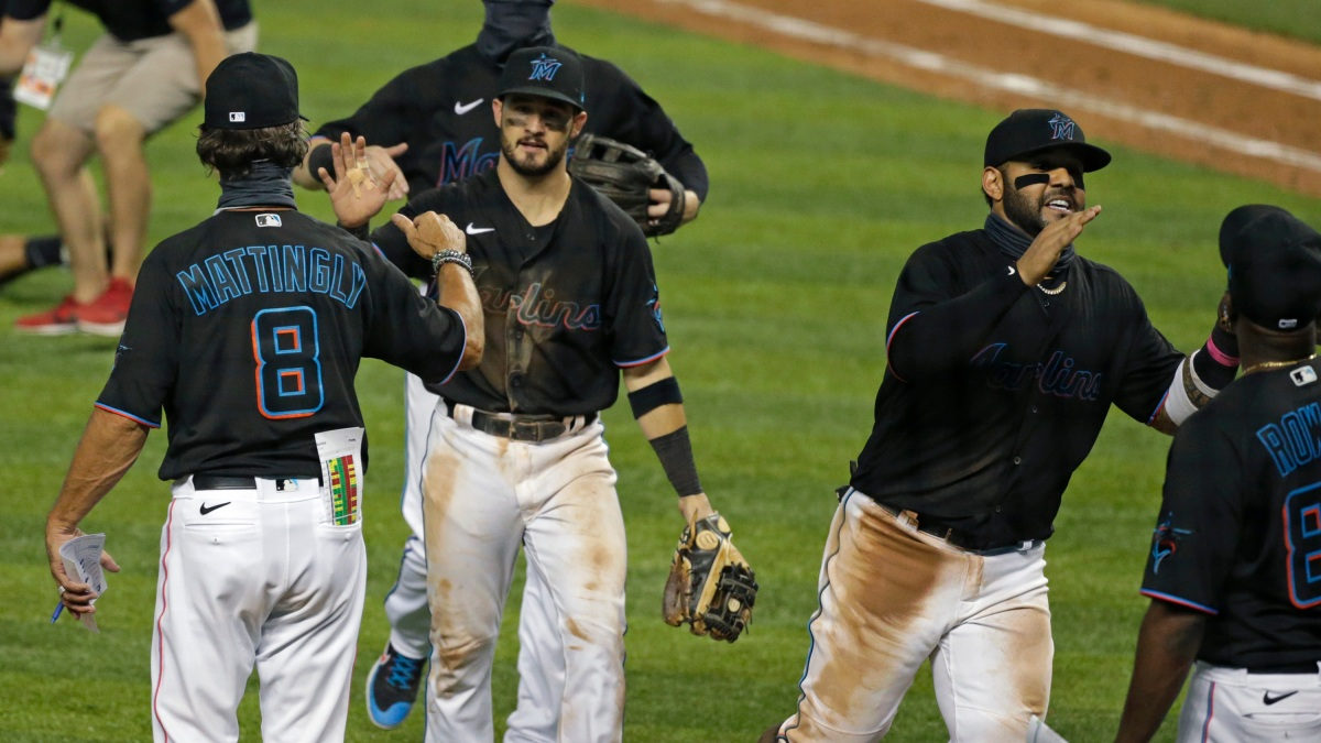 Marlins Win Virus-Delayed Home Opener, Beat Braves 8-2
