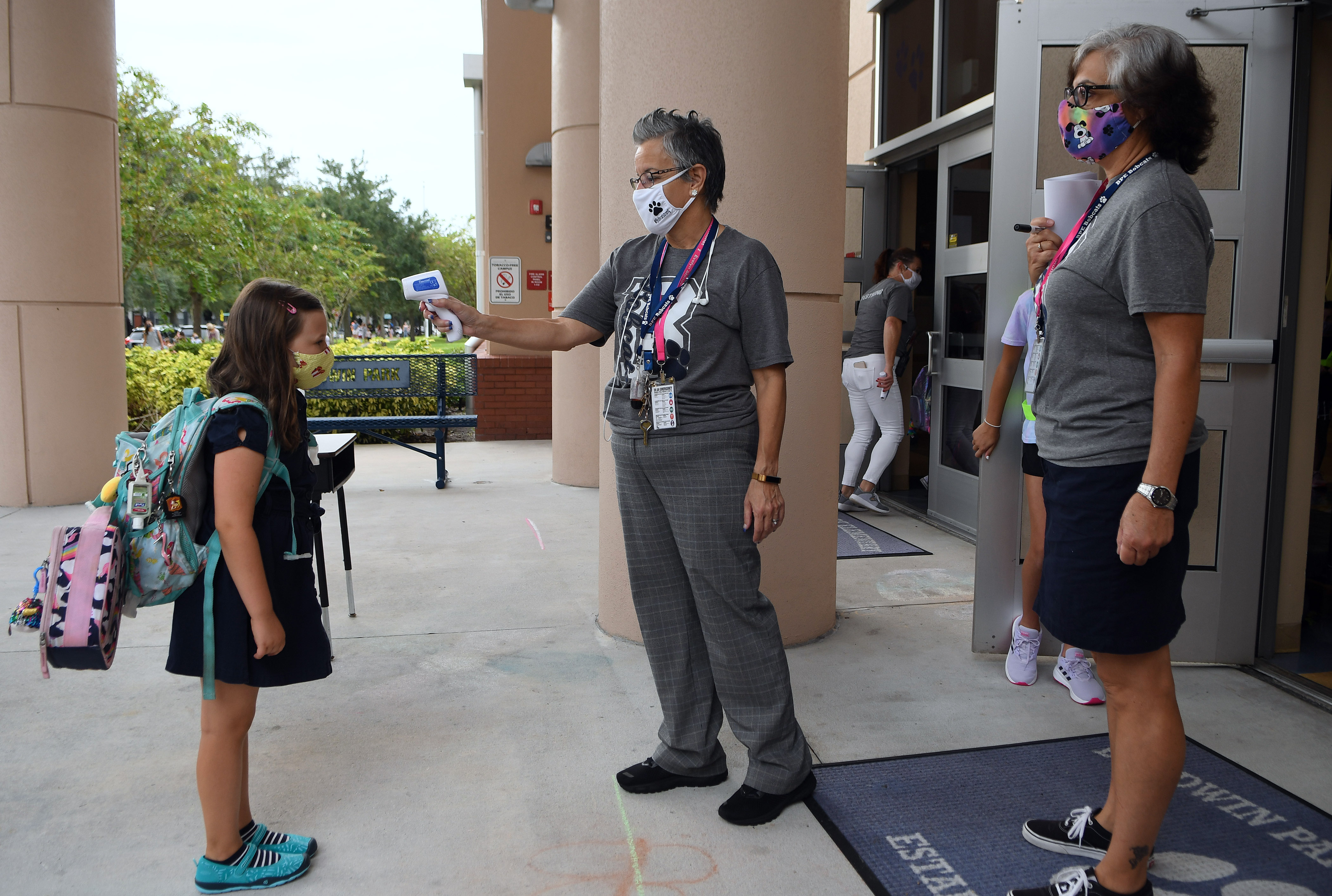 Florida Students Exposed to COVID Can Attend School if Asymptomatic Under New Rule