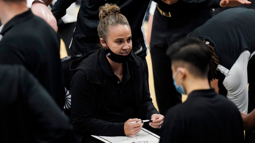 San Antonio Spurs assistant coach Becky Hammon calls a play during a timeout in the second half of the team's NBA basketball game against the Los Angeles Lakers in San Antonio, Wednesday, Dec. 30, 2020.