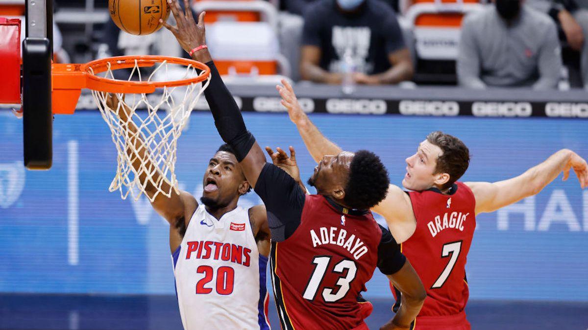 Detroit Pistons Come Into Miami, Roll Past Reeling Heat