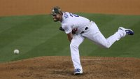 Kershaw Fans 11, L.A. Dodgers Top Miami Marlins for 3rd Straight Win