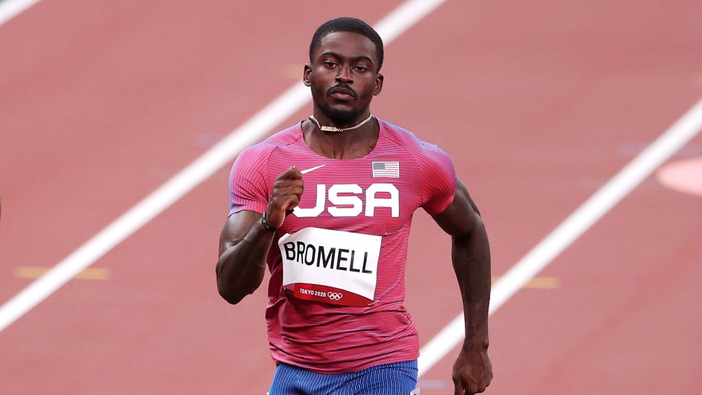 Trayvon Bromell competes in the Men's 100m Round 1 heats on day eight of the Tokyo 2020 Olympic Games at Olympic Stadium on July 31, 2021 in Tokyo, Japan.