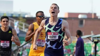 Clayton Murphy runs at the Olympic Trials