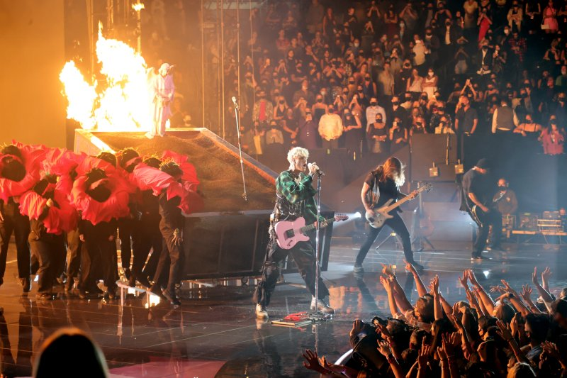 Photos: Top Moments From MTV's 2021 Video Music Awards