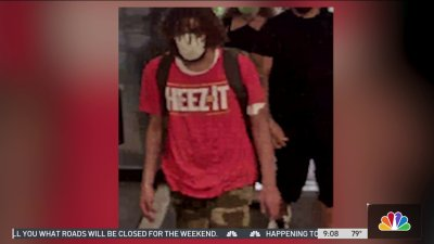Suspect in 'Cheez-It' Shirt Wanted in Miami Bank Robbery: FBI
