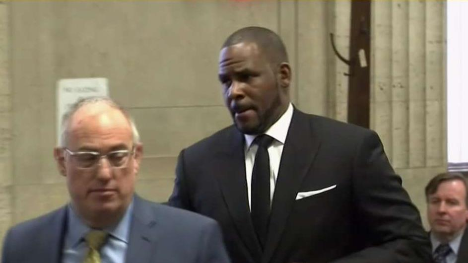 R  Kelly Expected in Chicago Court on Federal Sex Charges