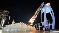 Yuna Kim Lights Olympic Torch