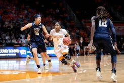 NCAA 2015: Best Moments of the Women's Basketball Tournament