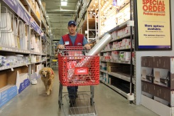 Air Force Vet and Service Dog Are a Hit at Texas Lowe's