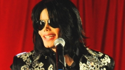 Autographed Michael Jackson Memorabilia May Be Phony