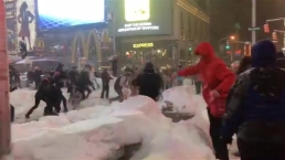 Times Square Snowball Fight Breaks Out During Blizzard