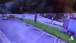 RAW: Speeding Driver Crashes in NW Miami-Dade