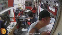 Flea Market Armed Robbery in Miami-Dade Caught on Camera