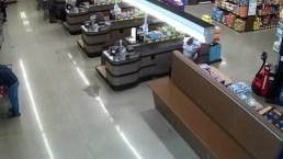 Woman Steals Wallet From Aldi Shopper