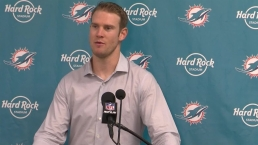 Gase, Tannehill Talk Undefeated Start for Dolphins