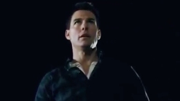 "Tom Cruise's ""Jack Reacher"" Trailer Loaded With Broken Bones"