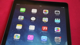 Apple Pulls 'A Few' Apps Over Security Concerns