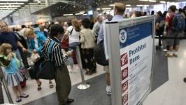 TSA Replaces Head of Security as Airport Lines Grow