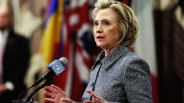 Clinton Set to Call for Lifting Cuba Embargo