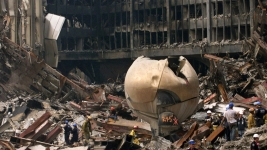 Sculpture Destroyed in 9/11 Returning to World Trade Center Site