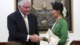 Tillerson: US Considering Individual Sanctions for Myanmar